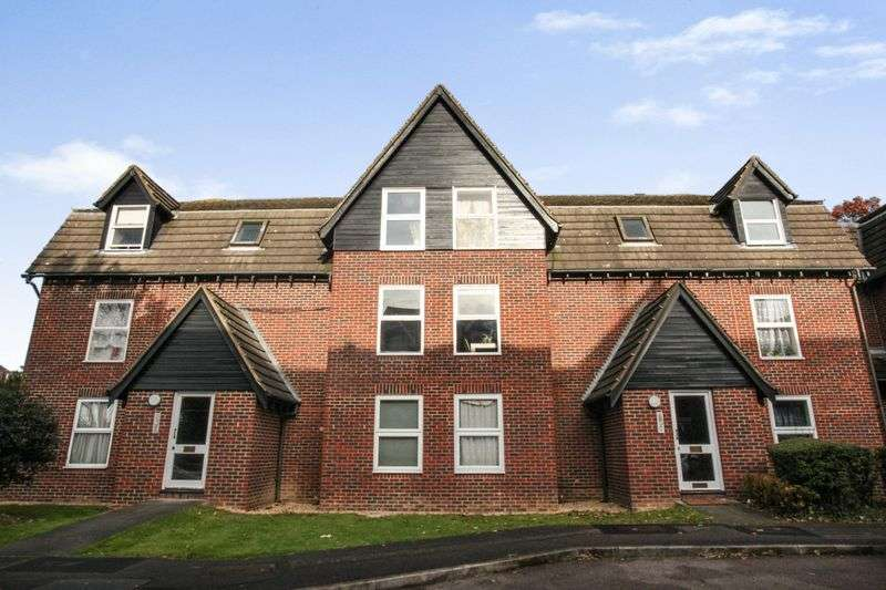 1 Bedroom Property for sale in Millers Green Close, Enfield