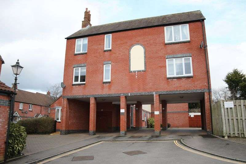 2 Bedrooms Property for sale in Rochelle Court Market Lavington, Devizes