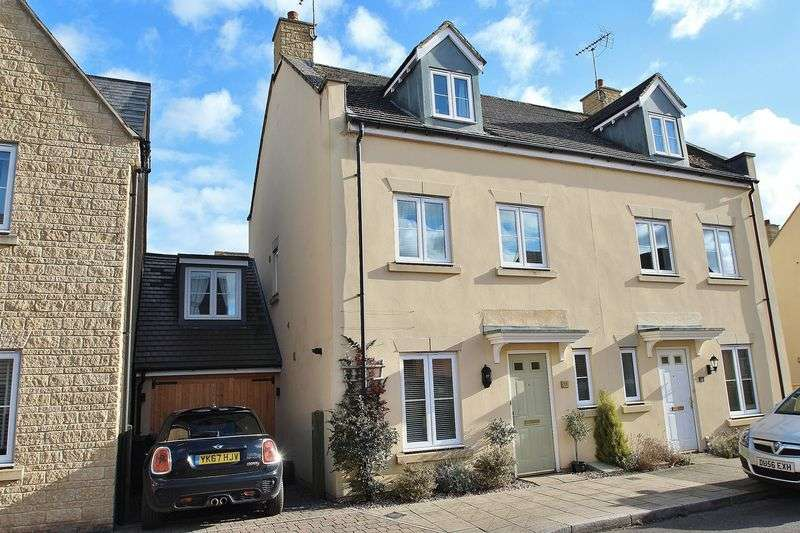 3 Bedrooms Property for sale in Oakdale Road, Witney