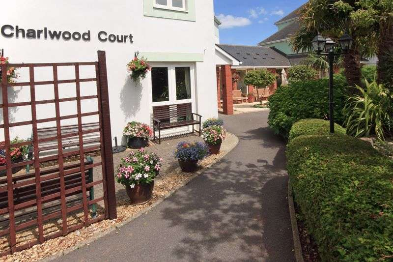 1 Bedroom Property for sale in Charlwood Court, Torquay, TQ1 4QT