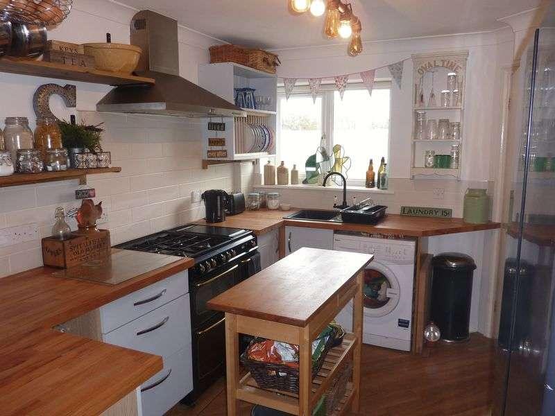 4 Bedrooms Property for sale in Uplyme Road, Lyme Regis