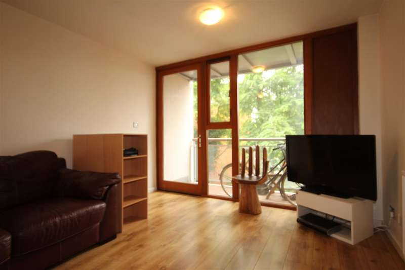 2 Bedrooms Apartment Flat for sale in Winchelsea Road, London