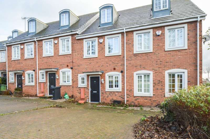 3 Bedrooms Terraced House for rent in Selborne Road, Dudley DY2 8LB