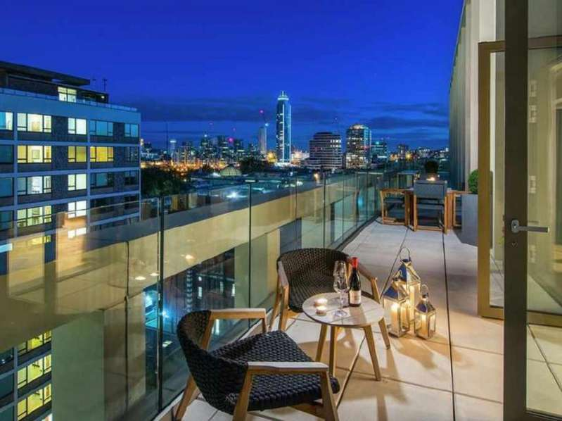 3 Bedrooms Penthouse Flat for sale in 142 Abell House