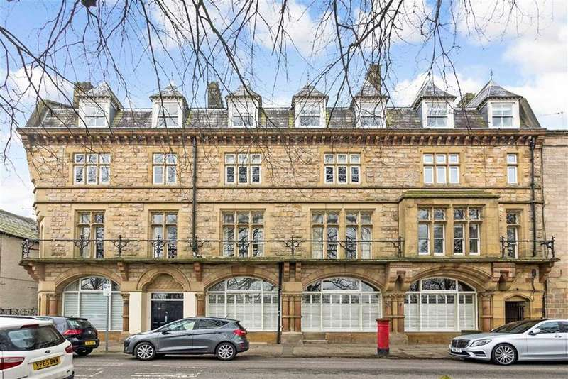 3 Bedrooms Duplex Flat for sale in Park Parade, Harrogate, North Yorkshire