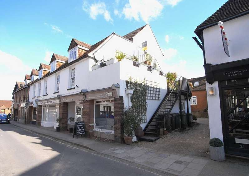 2 Bedrooms Apartment Flat for sale in Storrington, West Sussex RH20