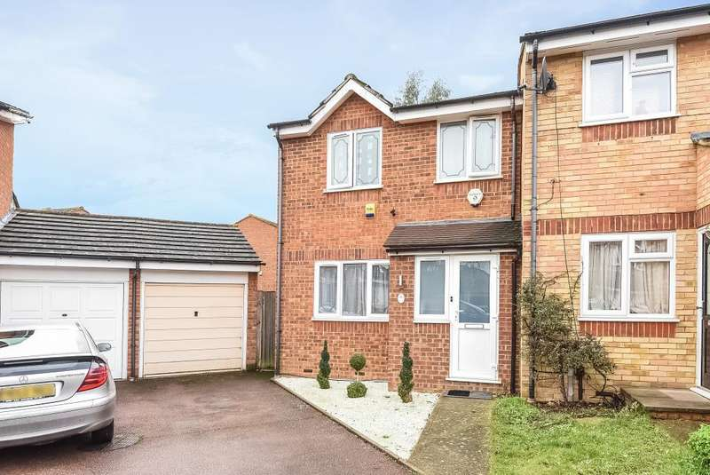 3 Bedrooms House for sale in Redford Close, Feltham, TW13