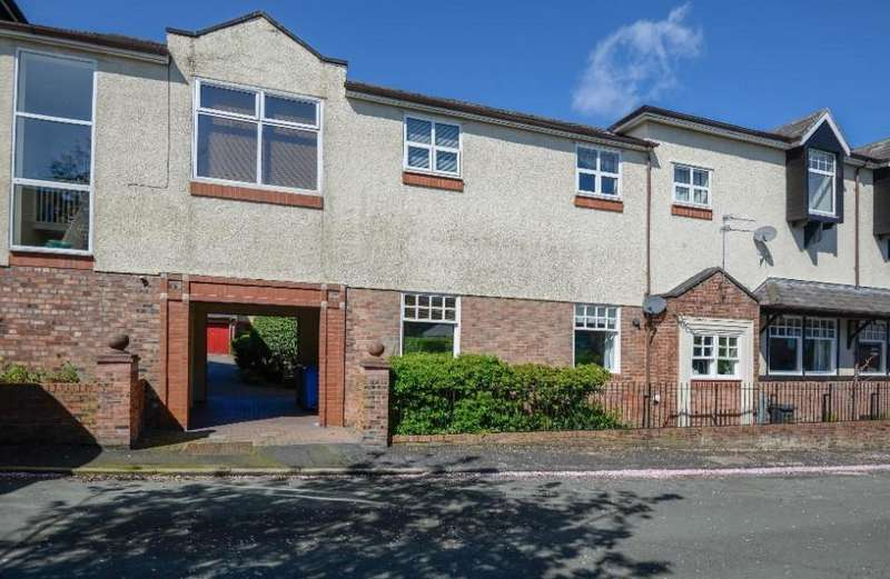 2 Bedrooms Apartment Flat for sale in The Groves, Grove Avenue, Lymm