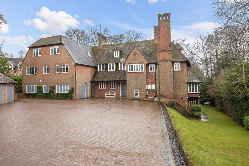 3 Bedrooms Apartment Flat for sale in Cherry Drive, Beaconsfield