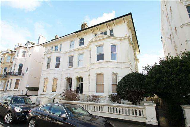 1 Bedroom Flat for sale in St Aubyns, Hove