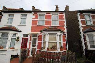 3 Bedrooms Terraced House for sale in Tunstall Road, Croydon