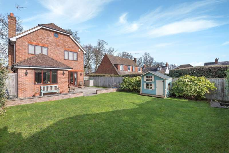 4 Bedrooms Detached House for sale in Bottrells Lane, Chalfont St Giles, HP8