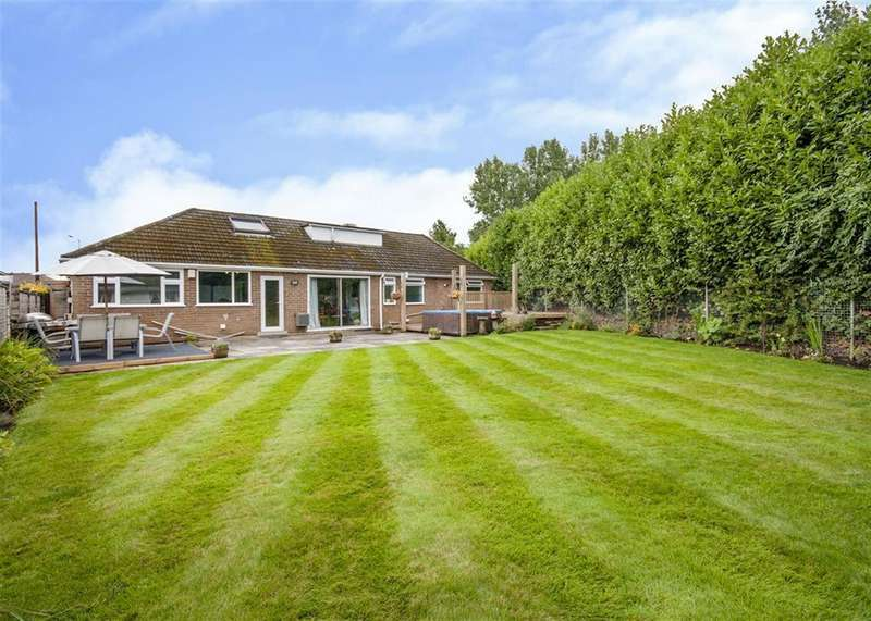 4 Bedrooms Detached Bungalow for sale in Highfield Road, Bawtry, Doncaster, DN10 6QN
