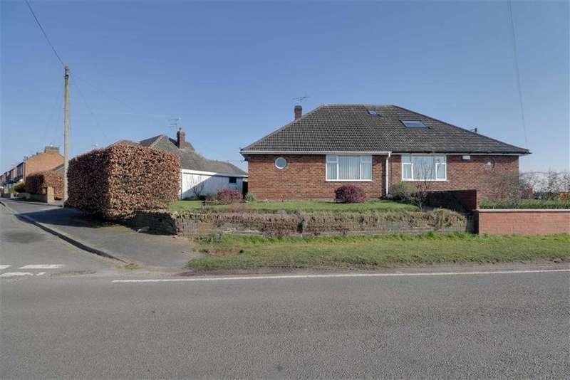 2 Bedrooms Semi Detached Bungalow for sale in Holly Mount, Shavington, Crewe