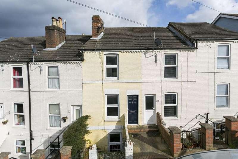 2 Bedrooms Terraced House for sale in Rochdale Road, Tunbridge Wells