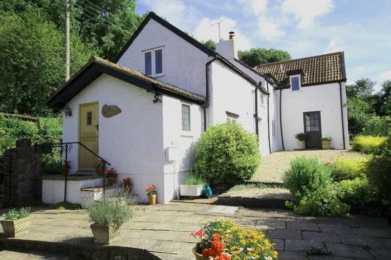 4 Bedrooms Cottage House for sale in Nestled into the gentle slopes of the Mendips Hill
