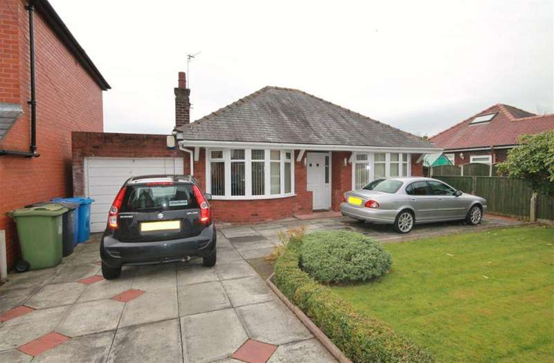 2 Bedrooms Detached Bungalow for sale in Sandringham Road, Widnes, WA8 9HD