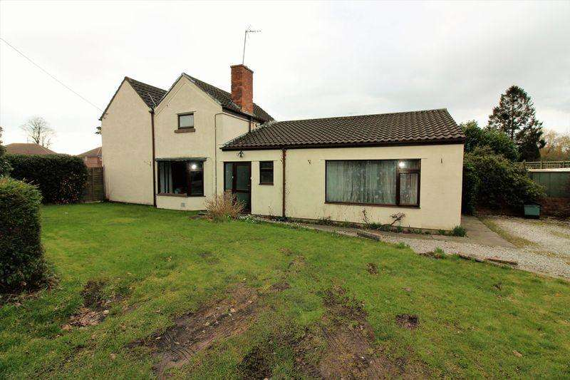 6 Bedrooms Semi Detached House for sale in Mannings Lane, Hoole Village