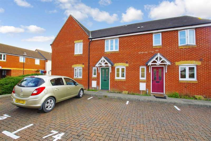 2 Bedrooms Terraced House for rent in Horsham Road, Park South, Swindon
