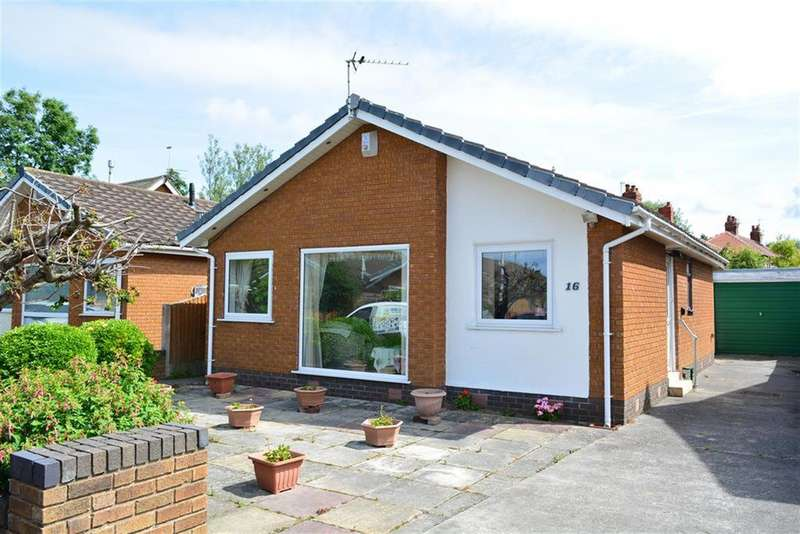 2 Bedrooms Detached Bungalow for sale in Taybank Avenue, South Shore, Blackpool, FY4 3HS