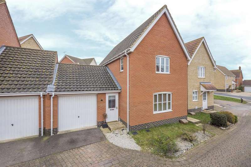3 Bedrooms Detached House for sale in Emmerson Way, Hadleigh, IP7 6DJ