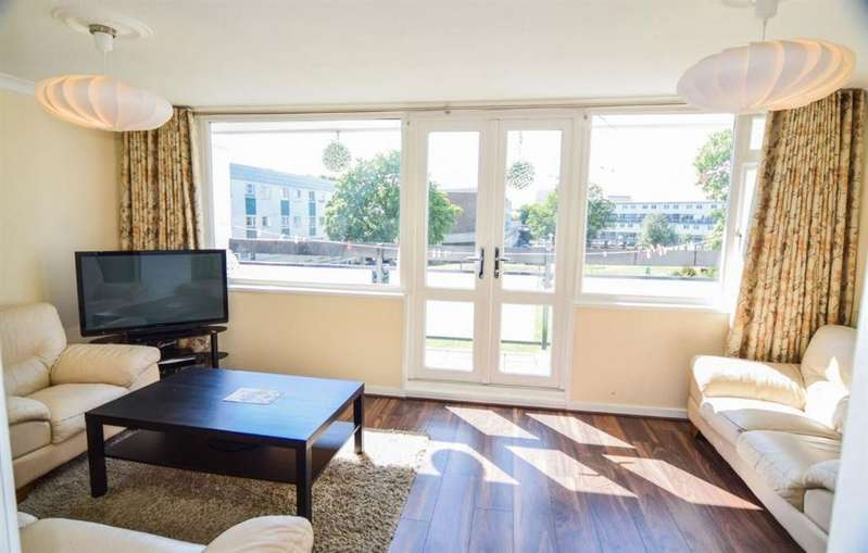 3 Bedrooms Maisonette Flat for sale in Newlyn House, Benhill Wood Road, SM1
