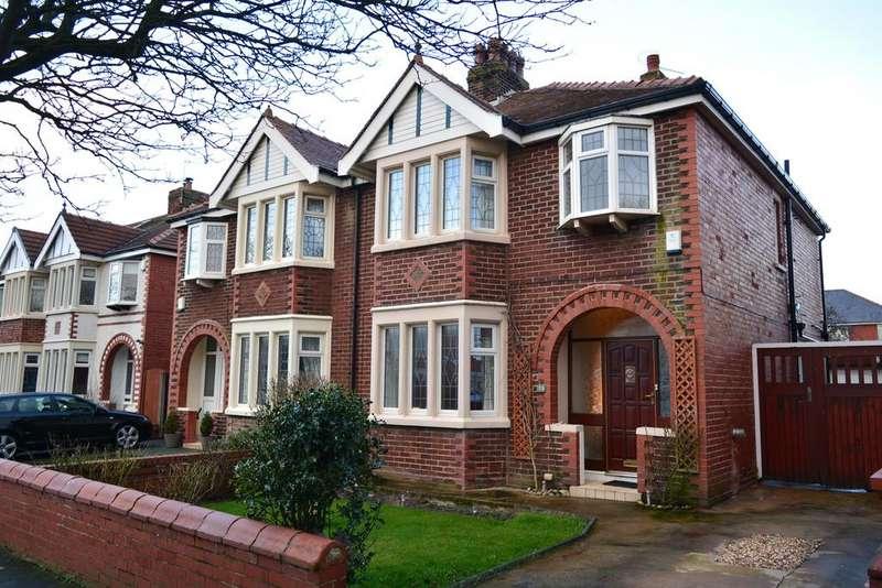 3 Bedrooms Semi Detached House for sale in Harrington Avenue, South Shore, Blackpool, FY4 1QD