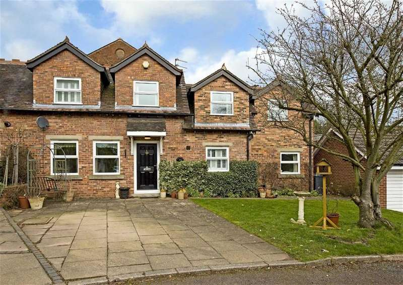 3 Bedrooms Cottage House for sale in Coachmans Cottage, 29, Ormes Lane, Tettenhall, Wolverhampton, WV6