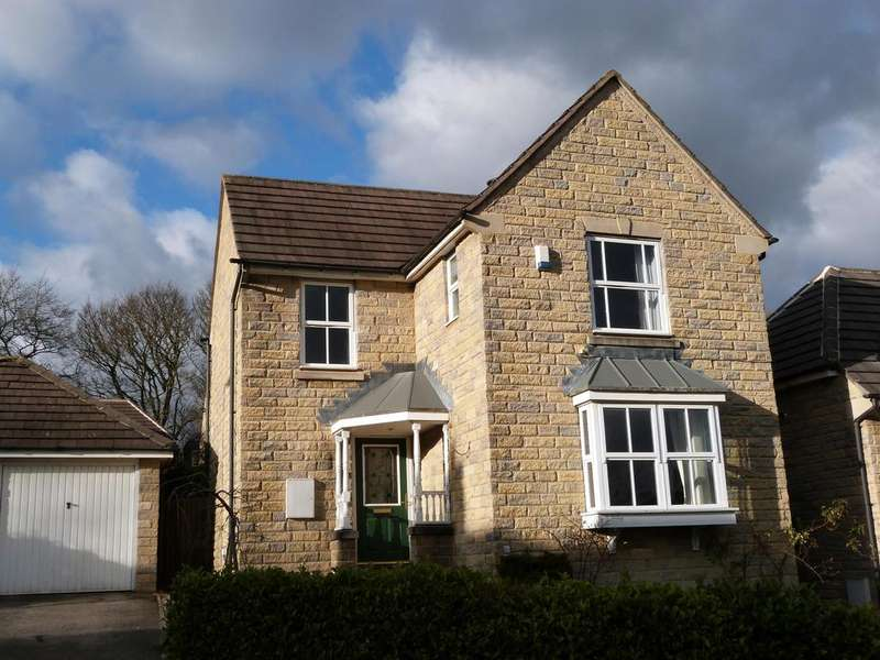 3 Bedrooms Detached House for sale in Swan Avenue, Eldwick, BD16 3PU