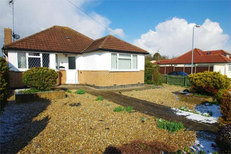 2 Bedrooms Detached Bungalow for sale in Penrose Avenue, Watford, Hertfordshire