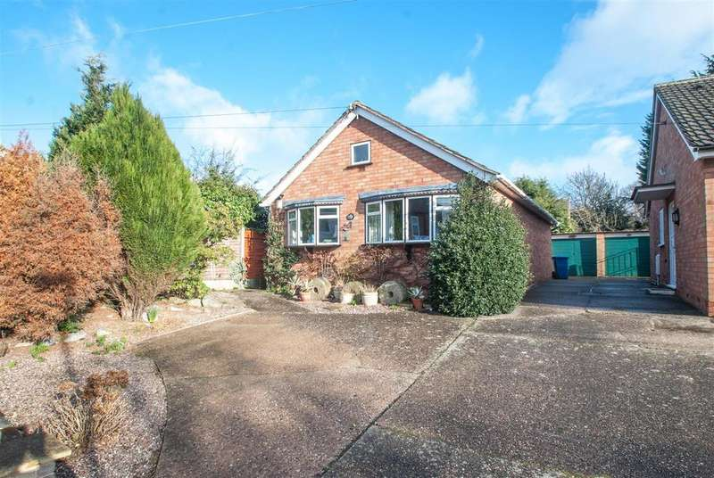 2 Bedrooms Detached Bungalow for sale in Main Street, Whittington, Lichfield