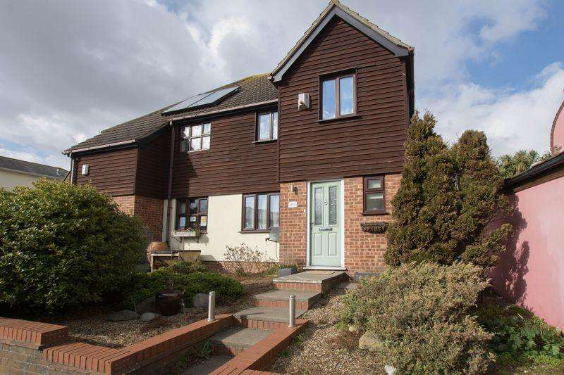 3 Bedrooms Semi Detached House for sale in Walmer