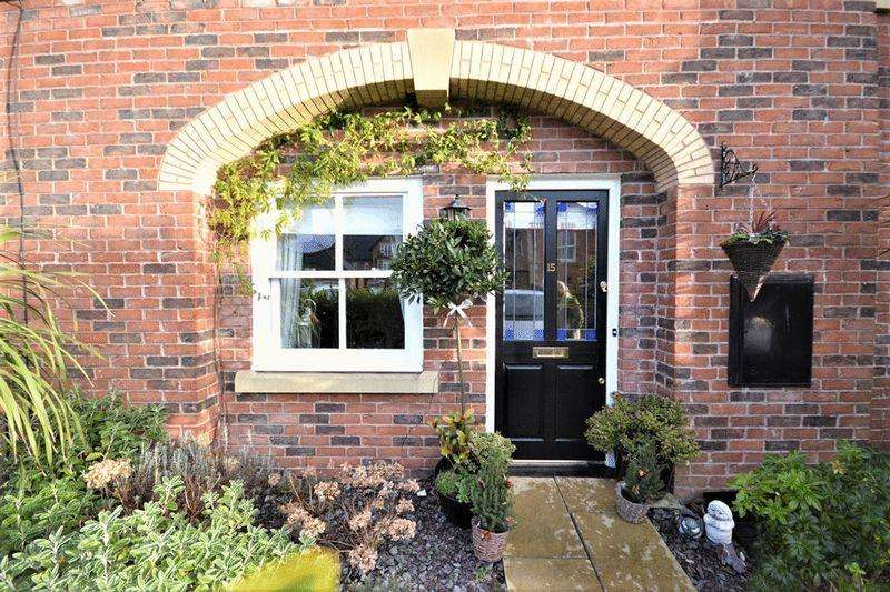 3 Bedrooms Cluster House for sale in Kingswood Park, Southport