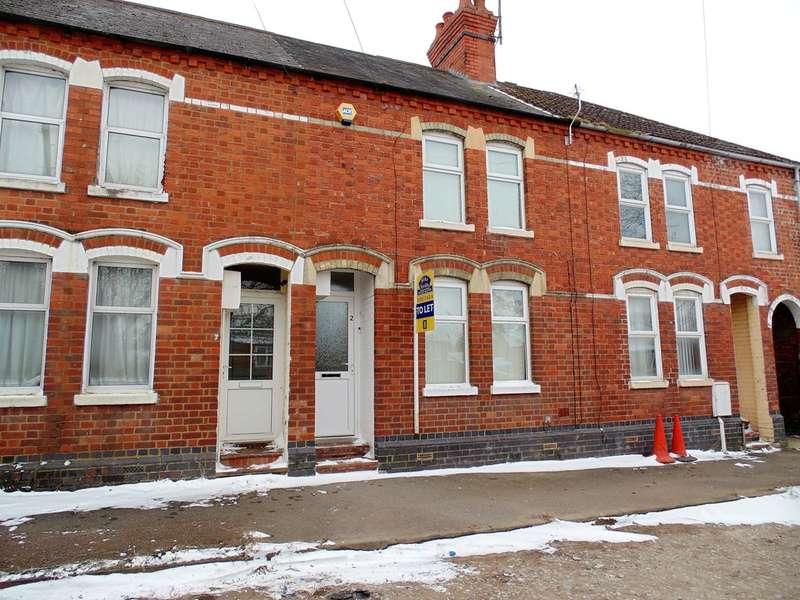 2 Bedrooms Terraced House for rent in Fletcher Road, Rushden