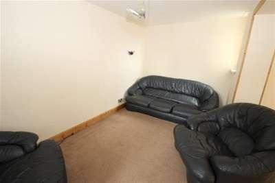 3 Bedrooms Flat for rent in Avison Court, Newcastle