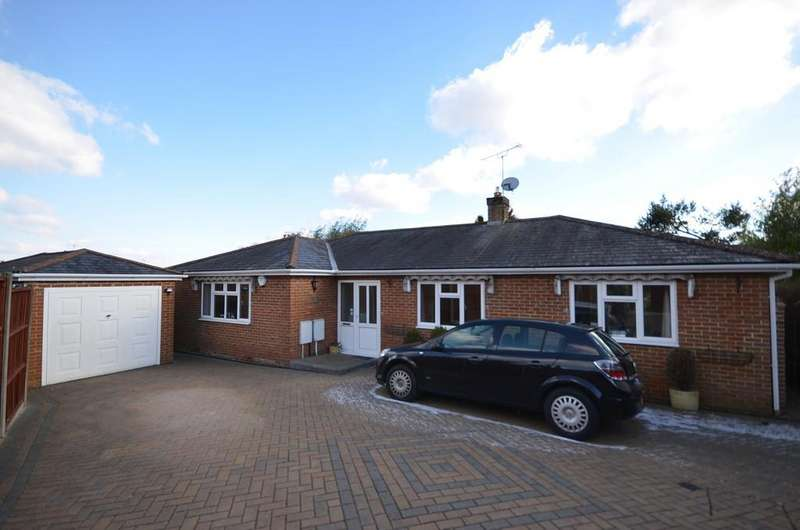 3 Bedrooms Detached Bungalow for sale in Ball Wicket Lane, Farnham