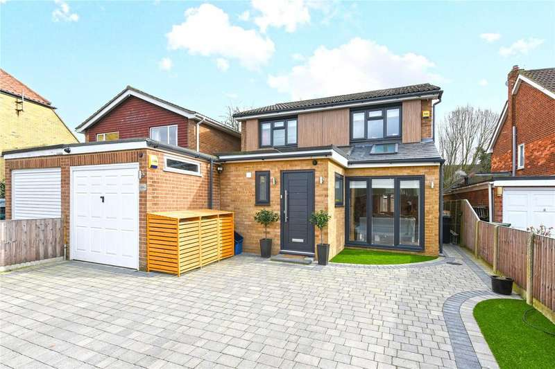 4 Bedrooms Link Detached House for sale in Hemnall Street, Epping, Essex, CM16