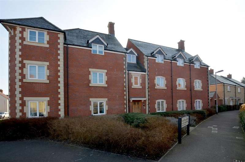 2 Bedrooms Flat for sale in Olympian Road, Pewsey