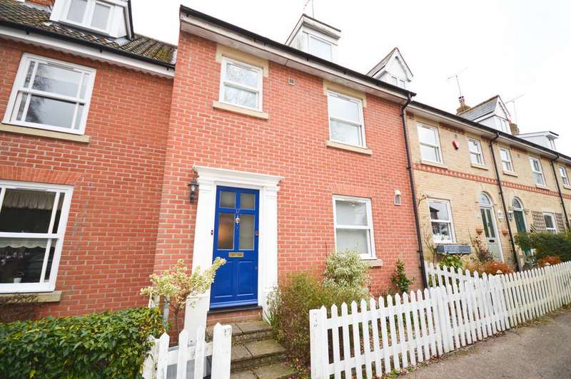 3 Bedrooms Terraced House for sale in Mill Lane, Manningtree