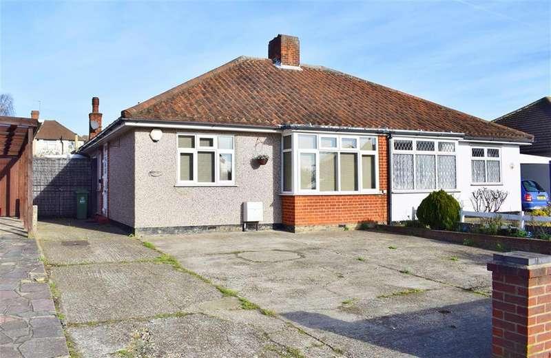 2 Bedrooms Semi Detached Bungalow for sale in Blackfen Road, Sidcup, Kent, DA15 8PZ
