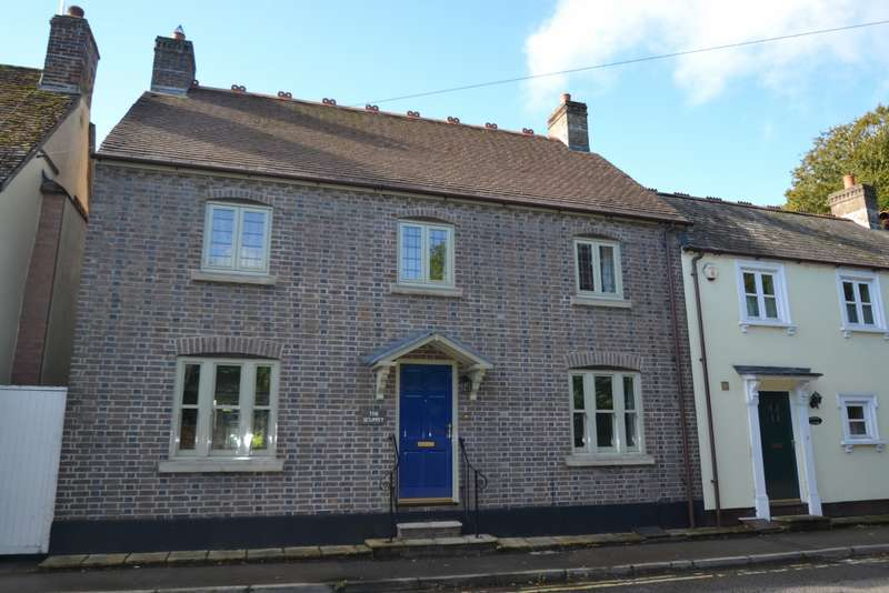 4 Bedrooms House for sale in Blandford St Mary