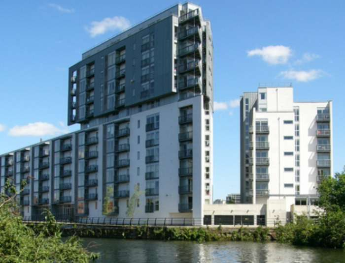 2 Bedrooms Apartment Flat for sale in Vie Building, 189 Water Street, Castlefield, Manchester, M3 4JE