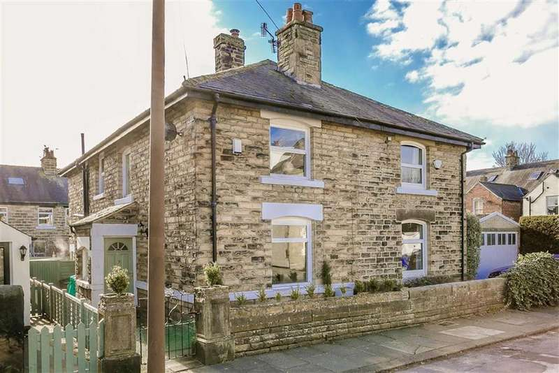 3 Bedrooms Semi Detached House for sale in Moorland Road, Harrogate, North Yorkshire