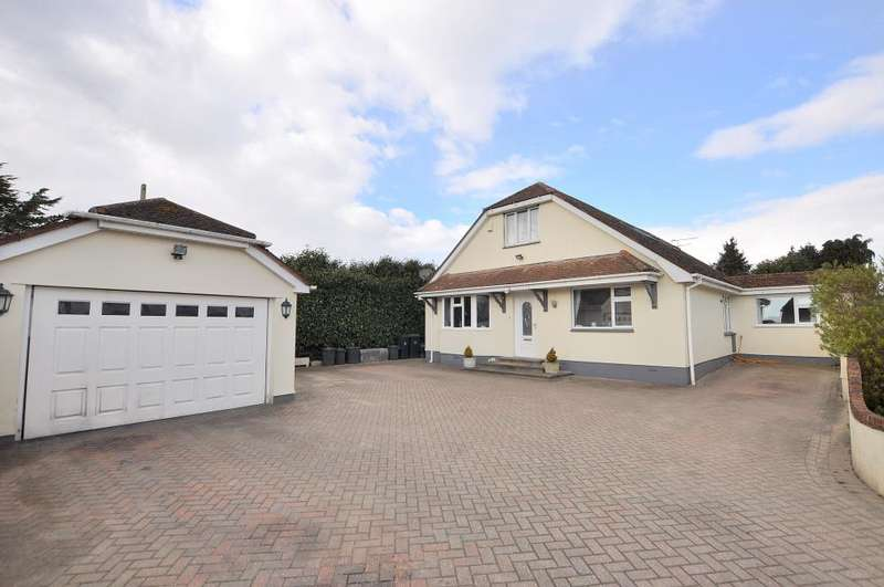 5 Bedrooms Detached House for sale in Hillview Road, Ferndown