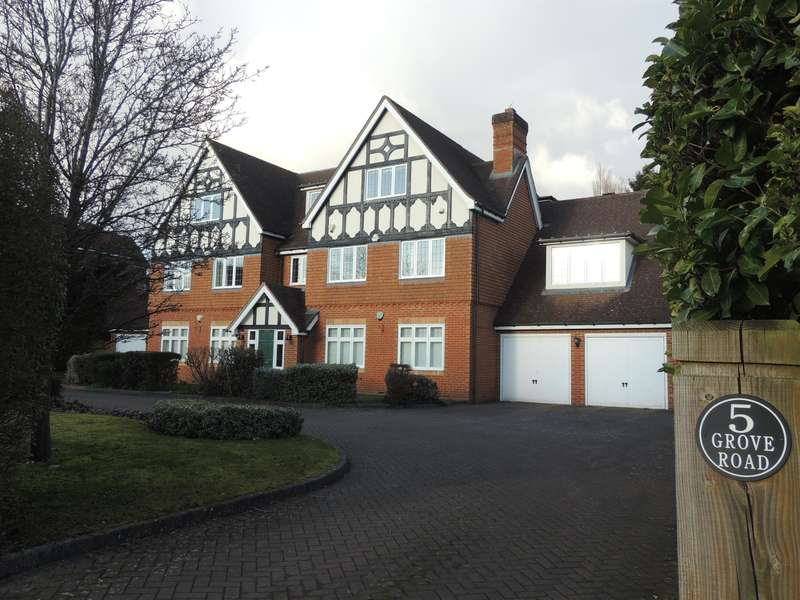 2 Bedrooms Flat for sale in Grove Road, Knowle, Solihull, B93 0PH