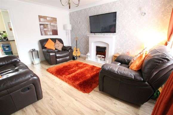 3 Bedrooms Semi Detached House for sale in Crossford Road, Liverpool