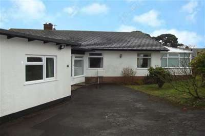 4 Bedrooms Property for rent in Dawlish