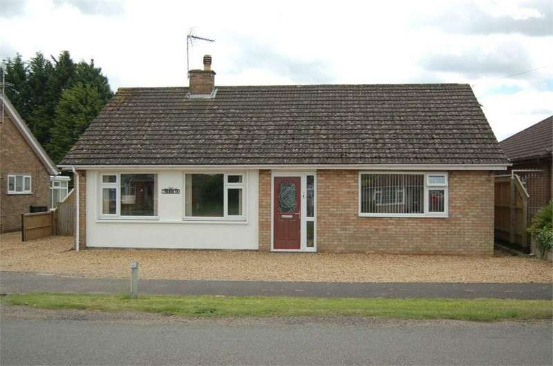 3 Bedrooms Detached Bungalow for sale in High Road, Wisbech St Mary, Wisbech, PE13
