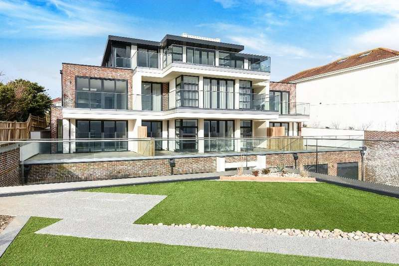 2 Bedrooms Flat for sale in Aquavista, Marine Drive Rottingdean BN2