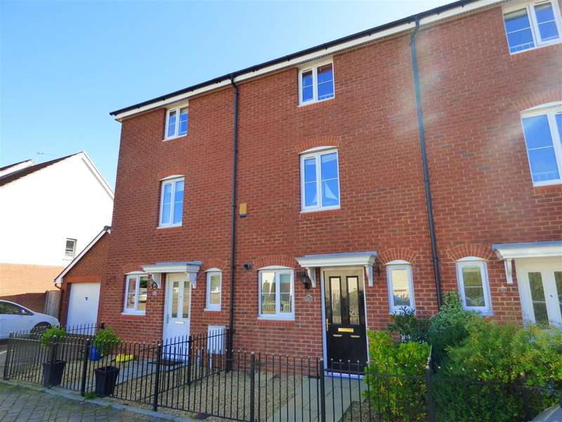 4 Bedrooms Terraced House for sale in Samuel Rogers Crescent, Thornwell, Chepstow